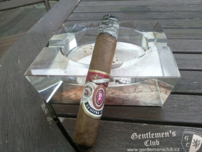 Alec Bradley Connecticut Robusto