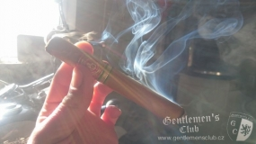 Arturo Fuente King T Natural5