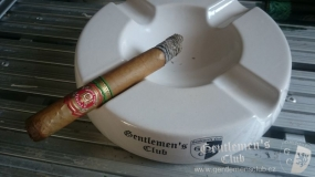 Arturo Fuente King T Natural7