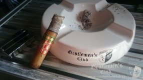 Arturo Fuente King T Natural9
