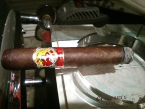 La Gloria Cubana Serie R Natural No.5