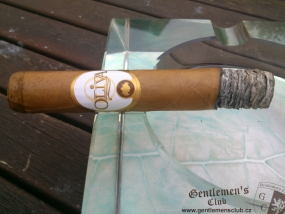 Oliva Connecticut Reserve Robusto 3