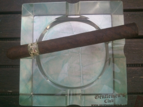 xikar-hc-series-maduro-churchill-1